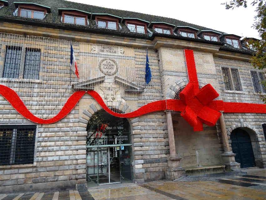 Besançon : l'Hôtel de ville poursuit sa rénovation avec le soutien de la Région