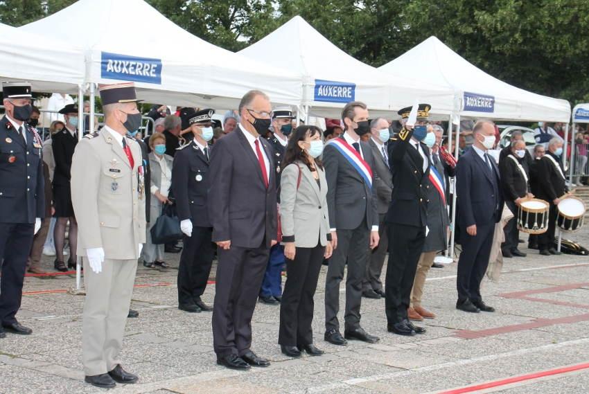 Auxerre a commémoré le 14 Juillet : ce beau moment républicain qui se partage sans modération…