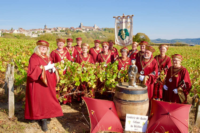 La Colline éternelle honorée par la Saint-Vincent Tournante régionale : faire le plein d'arômes et de saveurs entre épicuriens !
