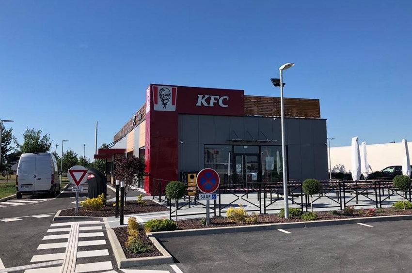 Les recettes de poulet made in Kentucky vont faire des heureux dans l'Yonne : KFC pose enfin ses jalons à Sens