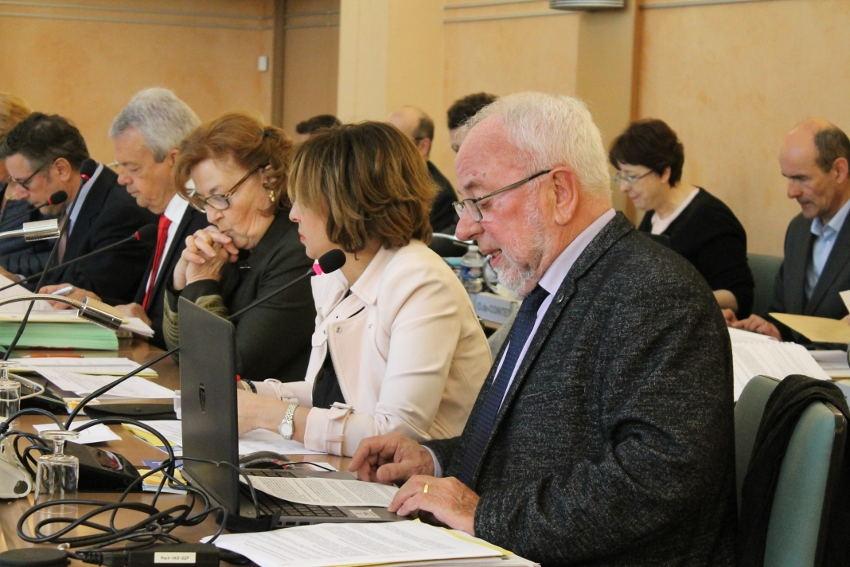 Programme régional de santé : le Département désavoue en totale harmonie les préconisations qualifiées d'« indigestes » de l'ARS…