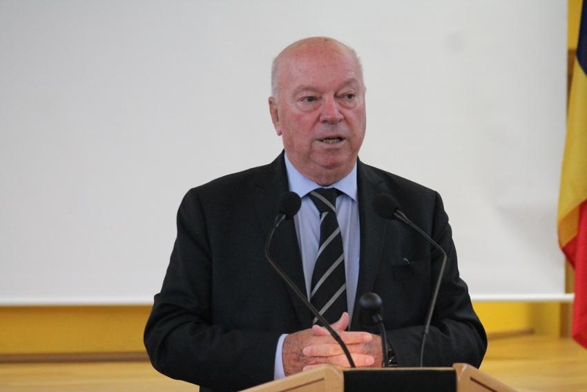 Le député du Loiret Jean-Pierre DOOR en appelle à la résistance pour lutter contre le dépouillement de la ruralité au profit des métropoles