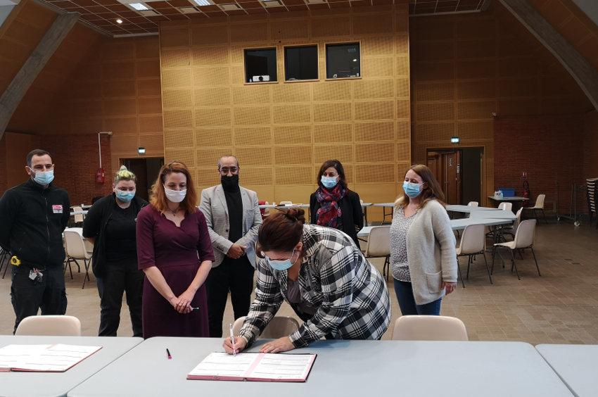 1 CIE et 1 PEC ont été signés à Avallon : un paraphe au bas d'un document, un pas essentiel vers la vie active…