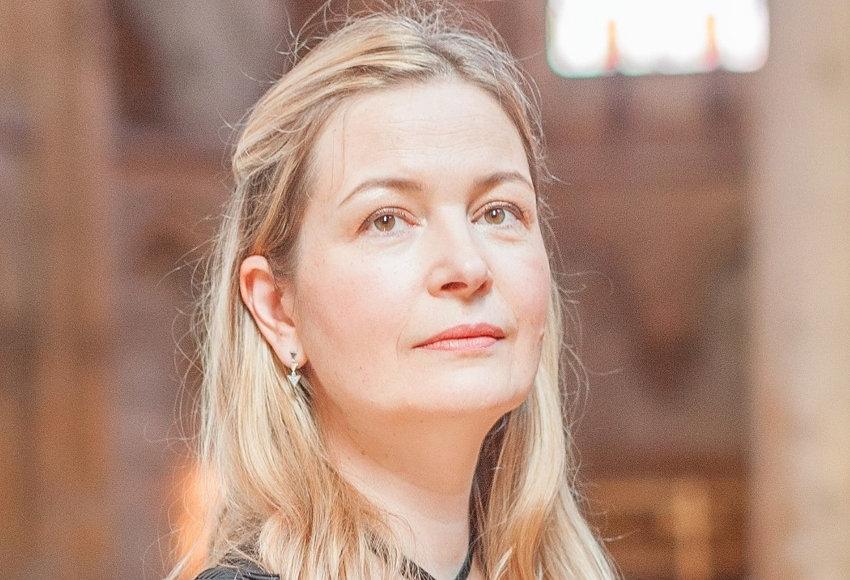 La pianiste Ekaterina DENISSOVA-BRUGGEMAN en version cabaret le 18 septembre : et maintenant, elle chante !