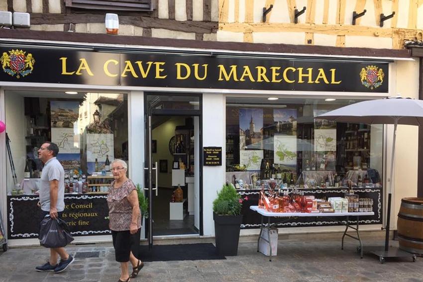 Quartier de l'Horloge à Auxerre : une braderie éclectique, synonyme de belles affaires le 25 août….