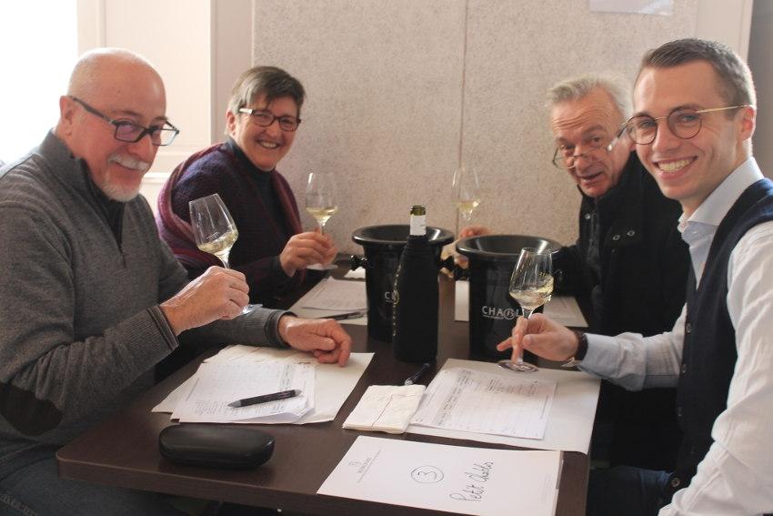 Le 35ème Concours des vins de Chablis est maintenu : dégustation sous haute protection pour les jurés…