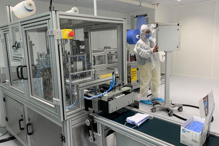 L'autonomie pour éviter les risques de pénurie : la Région BFC dispose de sa propre ligne de production de masques chirurgicaux
