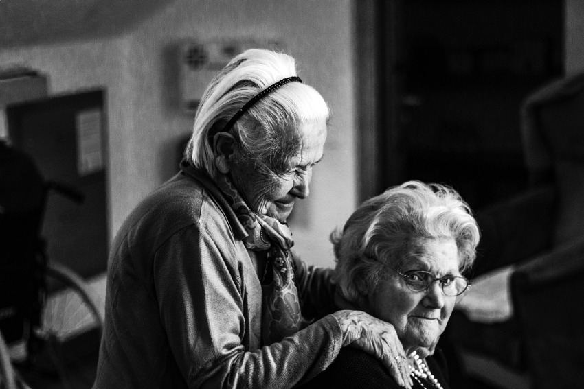 Nous avons besoin de nos anciens et nous les aimons : il faut sauver les seniors en prenant des initiatives !