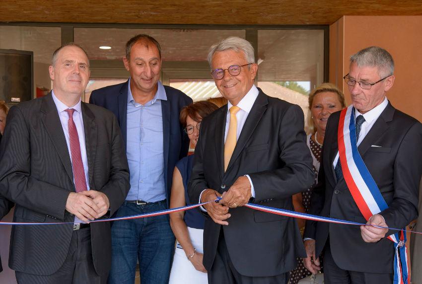 Le nouvel espace de restauration du collège Claude-Debussy régale le chef et les élèves à Villeneuve-la-Guyard
