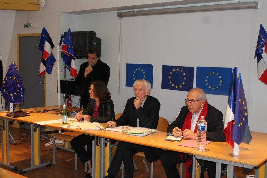 Le MODEM et LAREM de l'Yonne réfléchissent à ce besoin d'Europe qui est en nous...
