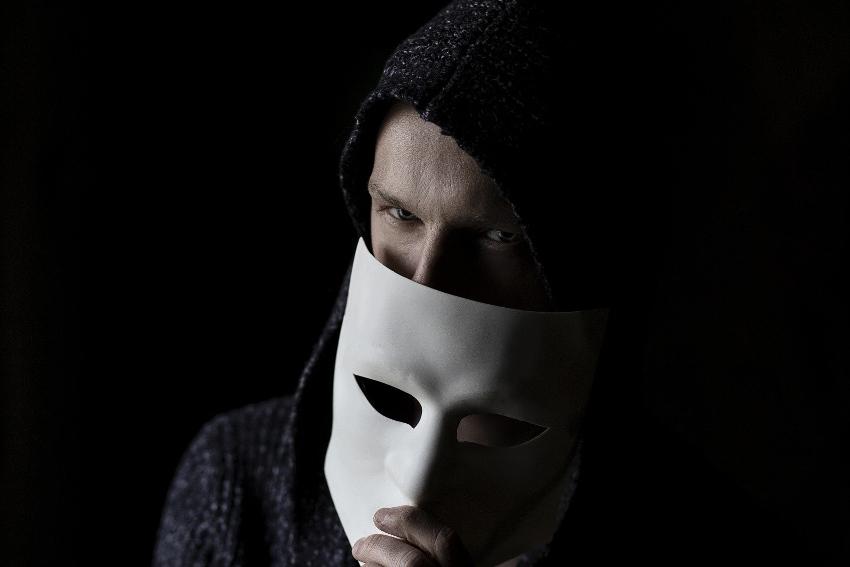 Elle est apparue dès la nuit des temps : la fraude, l'art séculaire de la tricherie en toute impunité !
