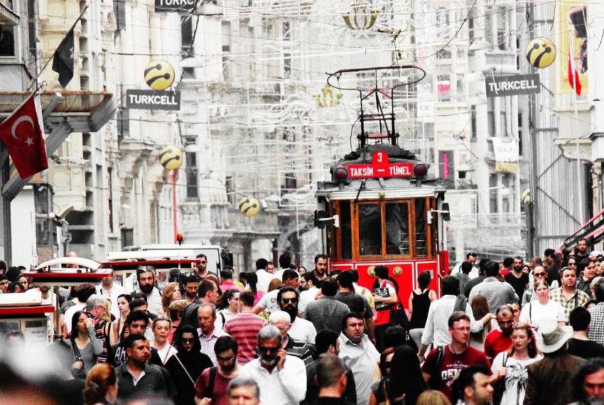 Coup de froid sur le Bosphore : les relations franco-turques attendent des jours meilleurs…