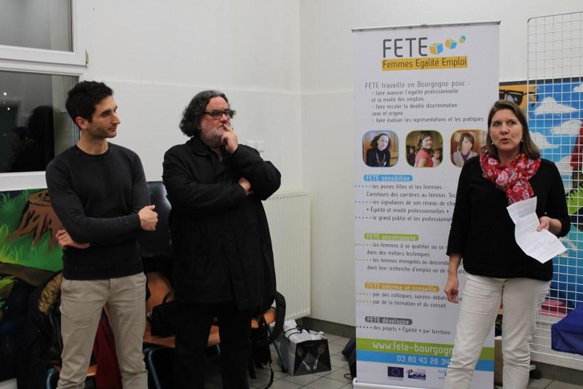FETE dénonce les atteintes aux droits des femmes dans le monde du travail par le biais d'une exposition
