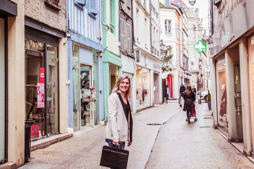 L'attractivité des commerces est son nouveau défi : dynamiser le cœur de Sens, la priorité d'Yvelise AMELINE