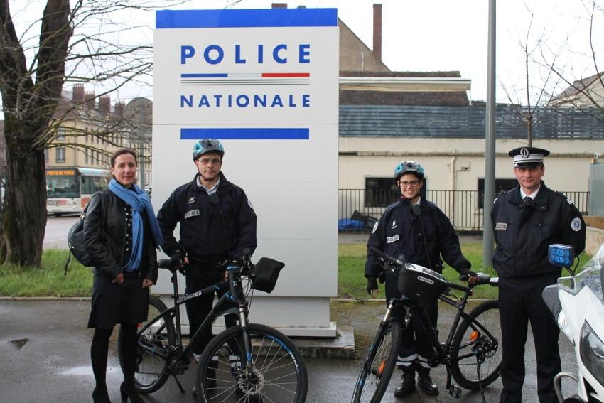Rapides et efficaces : les patrouilles vététistes dynamisent les interventions de la Police nationale dans l'Yonne…