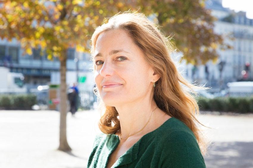 La journaliste Colombe SCHNECK dédicacera son dernier ouvrage au Club des écrivains de Bourgogne…