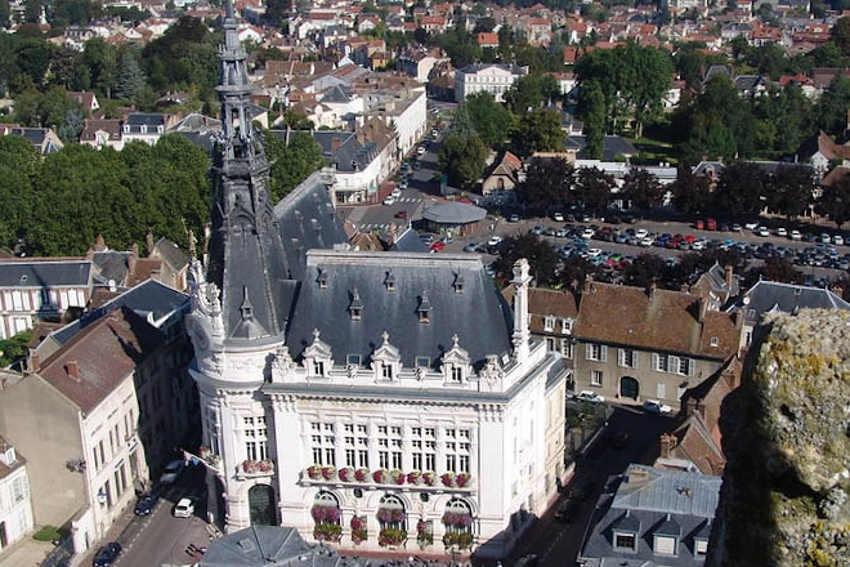 L'opération lifting débute le 28 septembre : l'Hôtel de Ville de Sens va faire l'objet de plusieurs réparations…