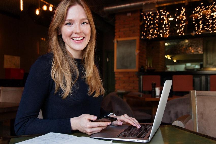 Les créatrices de start-ups encouragées par ORANGE : l'entrepreneuriat féminin sur un piédestal...
