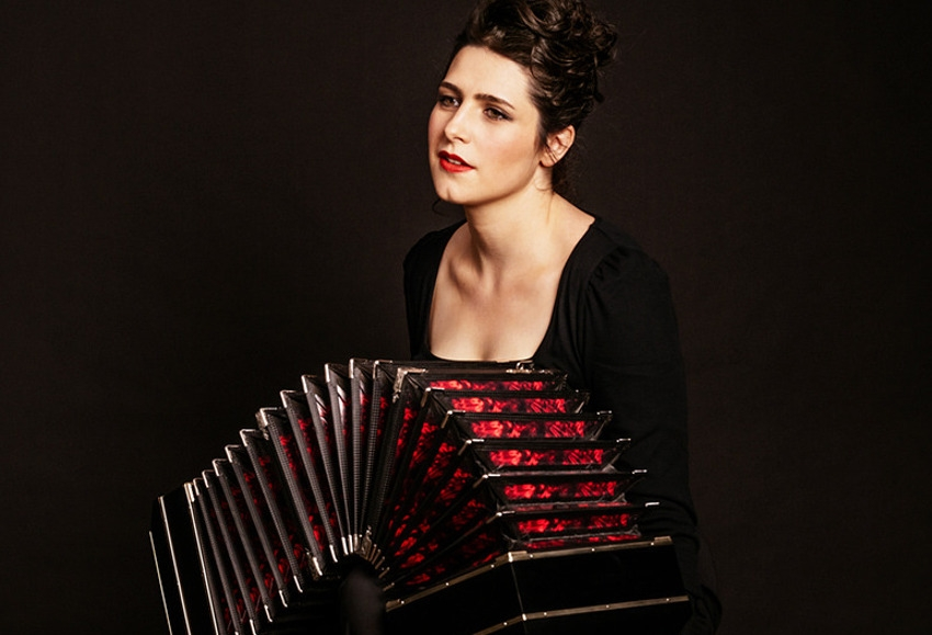 Le souffle chaud du tango à La Closerie : Louise JALLU rend hommage au maître du bandonéon Astor PIAZZOLLA