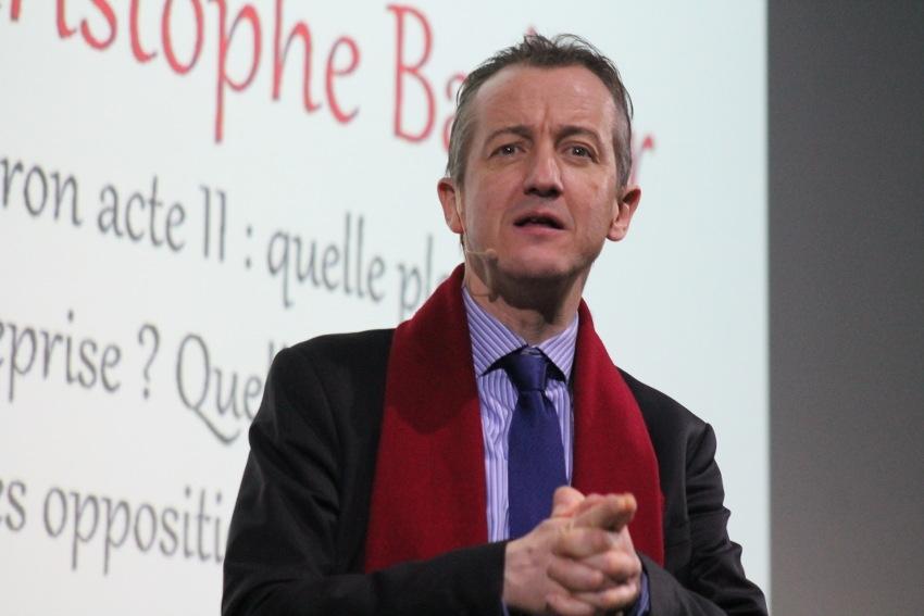 L'éditorialiste Christophe BARBIER décortique les ambiguïtés et les paradoxes de la « MACRONIE » avant la poursuite des réformes…
