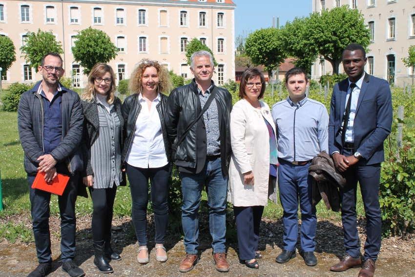 Le futur jumelage avec le monde pédagogique espagnol prend forme au lycée Vauban à Auxerre…