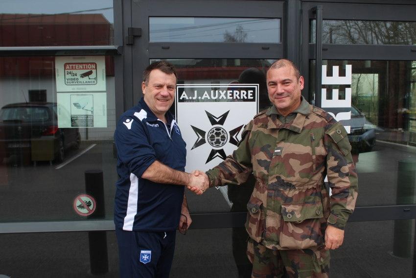 Les jeunes protégés de l'AJ Auxerre s'engagent à pratiquer le respect et le civisme
