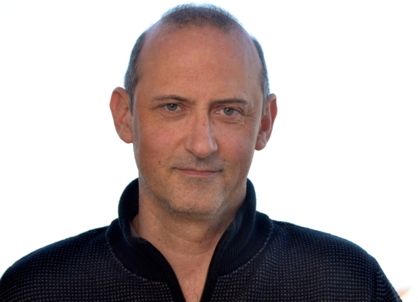 Le cinéaste Pascal DELAGNEAU apporte sa contribution audiovisuelle au rayonnement des IBIS Auxerre Rive droite
