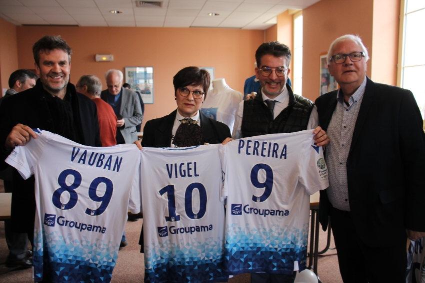 Souvenirs instantanés pour le journaliste du « Canal Football Club » Hervé MATHOUX au lycée Vauban…