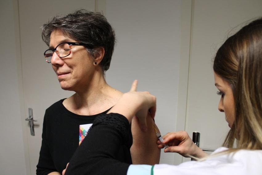 Le rattrapage vaccinal déployé par la CPAM et le Centre d'examens de santé tombe à pic pour les assurés précaires…