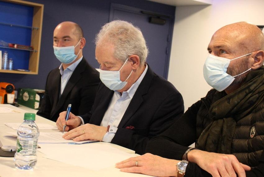 La romance câline avec la Chine se poursuit pour l'AJ Auxerre après la signature d'un quatrième partenariat