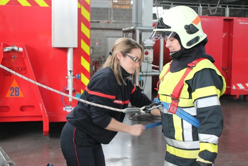 Le SDIS 89 brise les stéréotypes en invitant la gent féminine à rejoindre les rangs des pompiers volontaires…