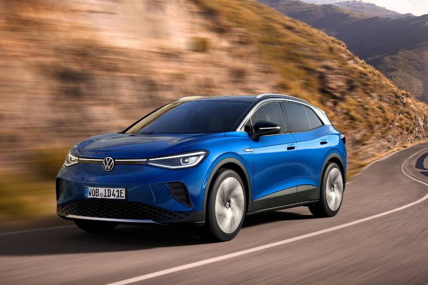 L'ID.4 pour doper les ventes du constructeur : Volkswagen espère beaucoup de son nouveau SUV 100 % électrique…