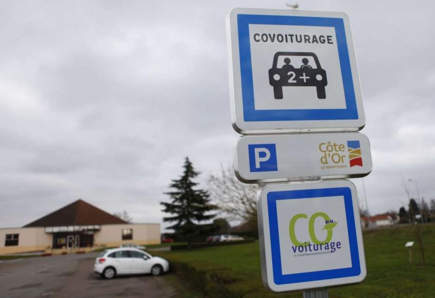 Covoiturage : il faudra davantage d'aires de stationnement en Bourgogne Franche-Comté !