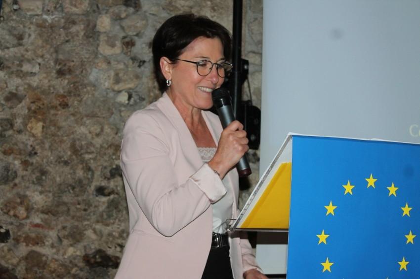 Les additifs nitrés proscrits de la charcuterie : Michèle CROUZET lève le voile sur les conclusions de son rapport