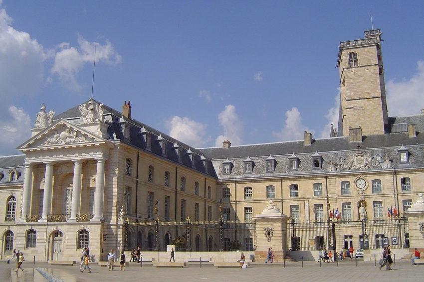 Communautarisme : la moutarde de Dijon monte au nez des Tchétchènes et des Maghrébins !