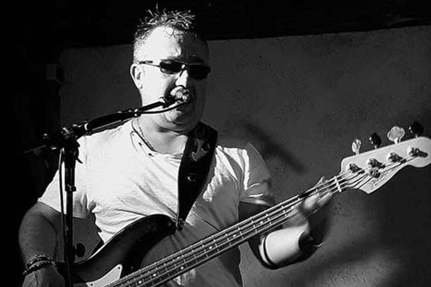 AROZENN disputera son quart de finale du festival EMERGENZA sur une scène rock à Paris le 13 avril…