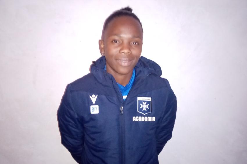 Le label d'Or de la FFF émeut la capitaine de l'entente AJA/Stade Auxerrois : Binta DIAKITE rayonne de bonheur
